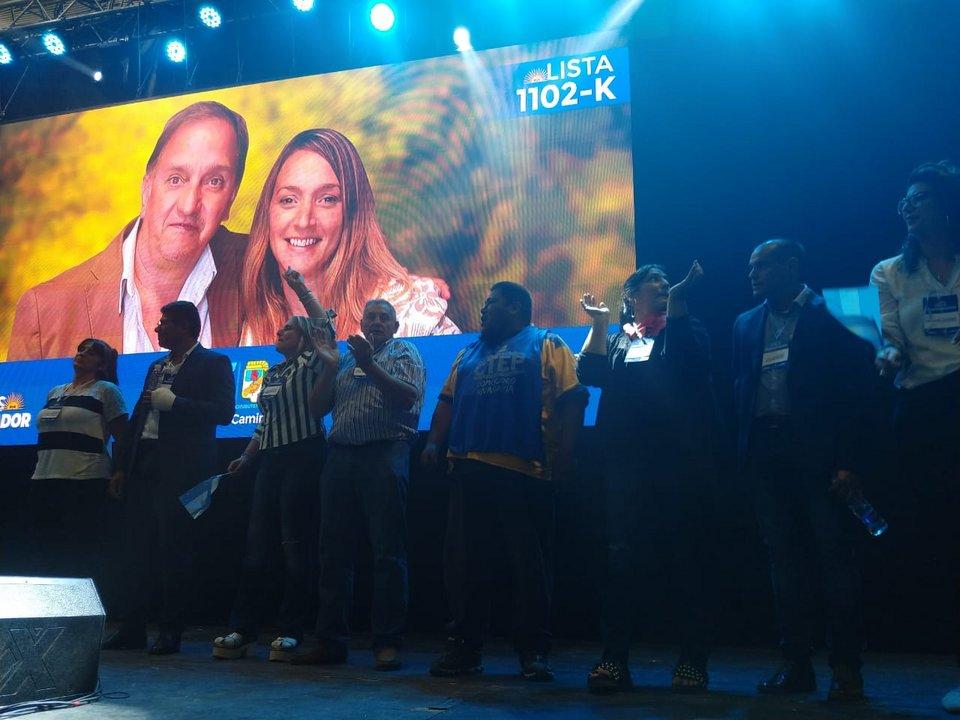 El Frente Patriótico Chubutense lanzó la precandidatura de Carlos Linares – Claudia Bard para la gobernación