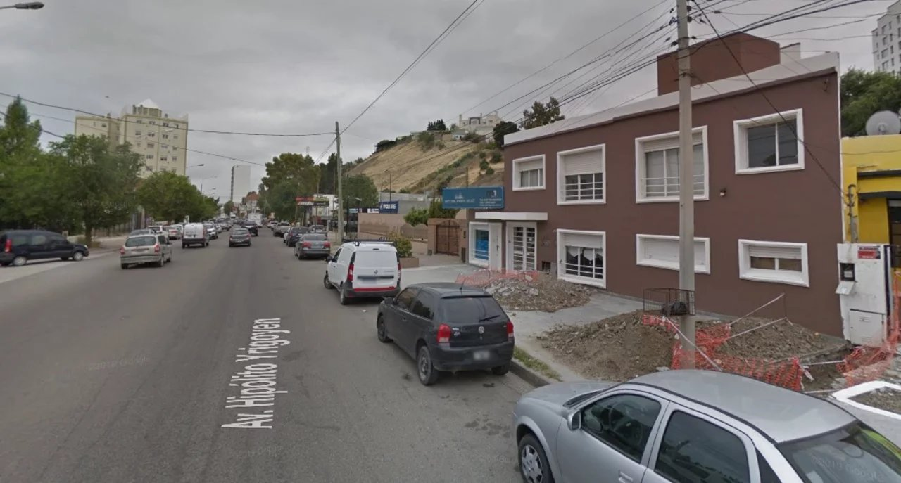 El departamento ubicado sobre la Avenida Hipólito Yrigoyen.