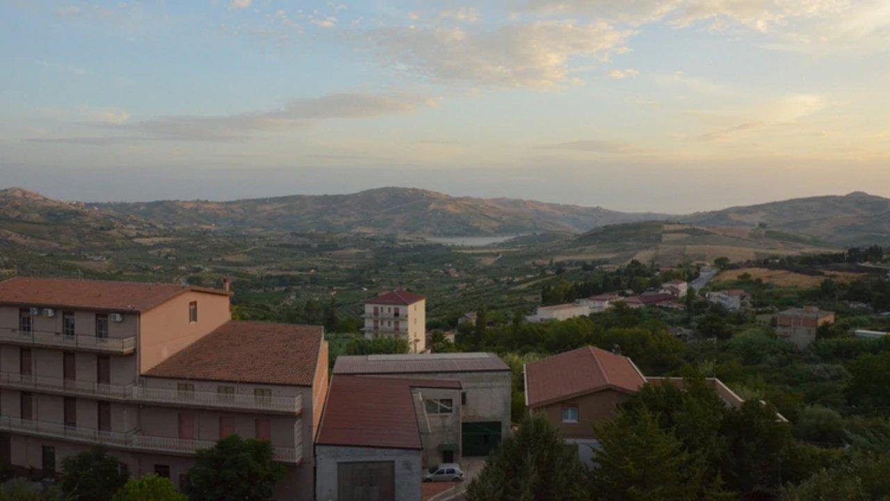 """Las casas a la venta están ubicadas en la """"zona vieja"""" de esta comuna siciliana (Shutterstock.com)"""