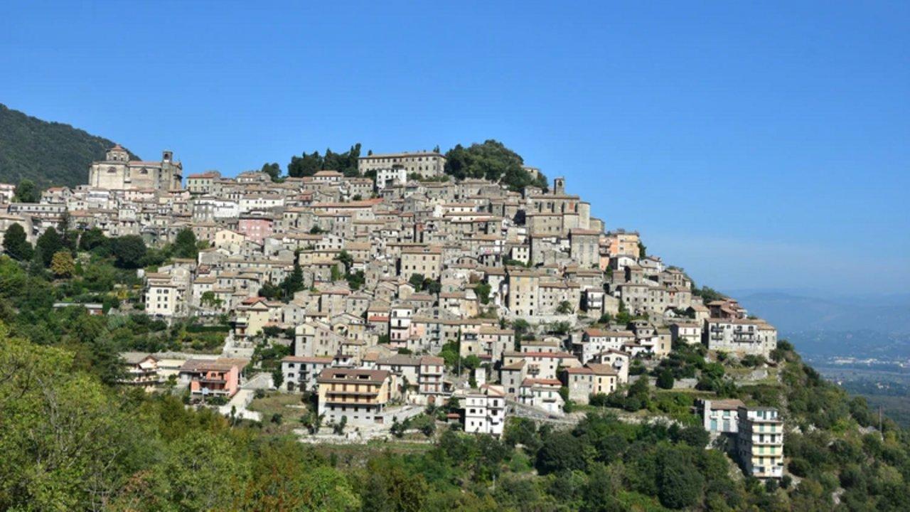 """Patrica (Lazio) Tiene alrededor de 3 mil habitantes y necesita atraer lo antes posible a nuevos compradores para no convertirse en un """"pueblo fantasma"""" (Shutterstock.com)"""
