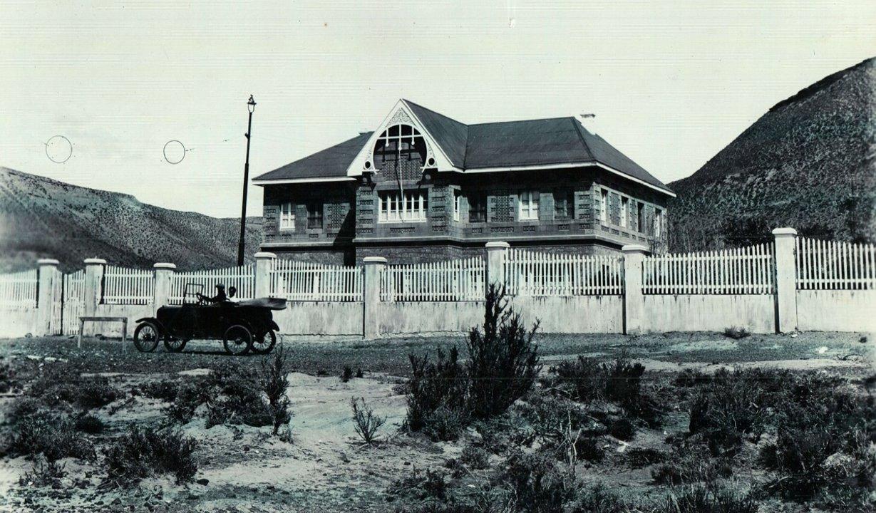 Fachada original del edificio. Fotografía del Museo del Chalet Huergo.