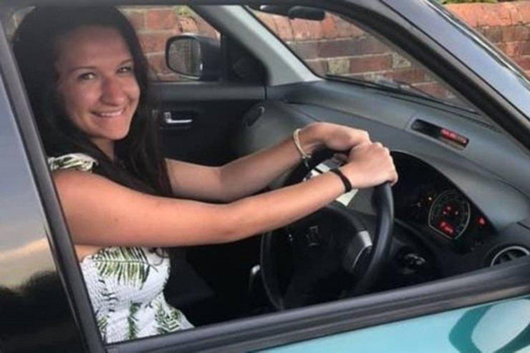 Entre otras cosas, la joven debió aprender a conducir nuevamente