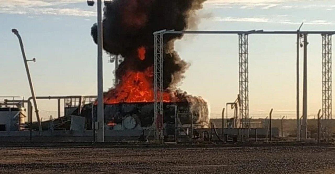 La Pampa: explotó un tanque petrolero