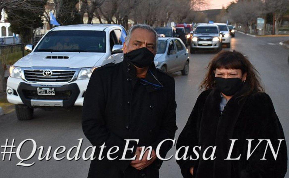 El Presidente de la comisión de Fomento de Cañadón Seco, Jorge Marcelo Soloaga lideró la multitudinaria caravana. Foto: La Vanguardia Noticias