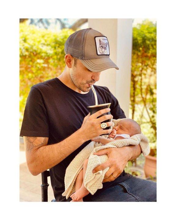 El cantante mostró la segunda foto de su hijo. (Foto: Instagram/@abelpintos)