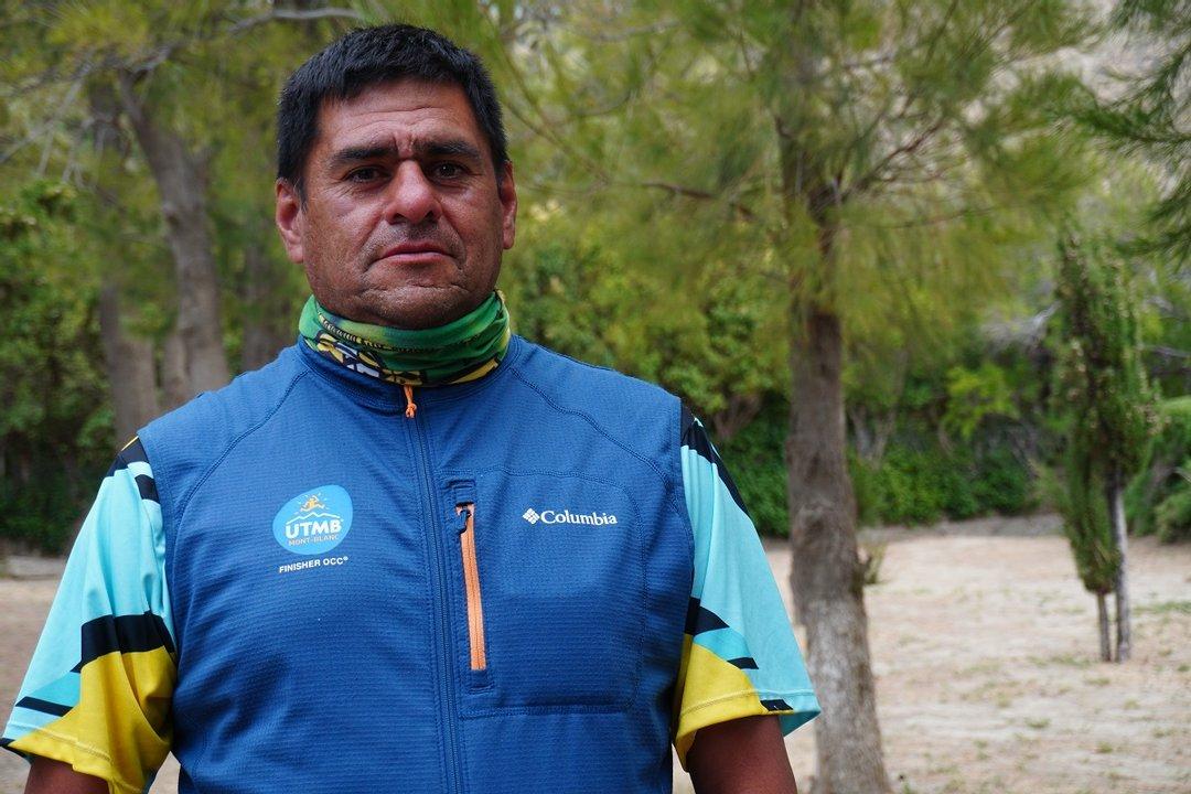 Marcelo Ávila conocé bien el Salamanca, y hoy trabaja junto al Municipio en la marcación de un sendero seguro.